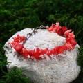 Браслет коралл красный (имитация) иголочки через шарик