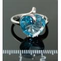 C925 Кольцо 3,94г топаз гт голубой родирование