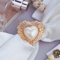 """Кольцо для платка """"Барокко"""" сердце, цвет белый, цвет золотистый"""