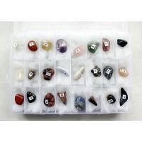 Коллекция минералов и поделочных камней 24 образца 10-20мм, в коробке 19х12см