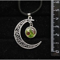 """Кулон из хромдиопсида и граната (кабошон-мозаика), """"луна"""", круг 12мм"""