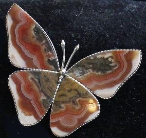 "Брошь из сардоникса ""бабочка"""